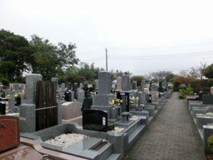 墓域(雨模様).jpg
